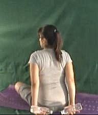 ćwiczenia w ciąży z ciężarkami na kręgosłup