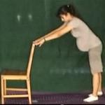 Ćwiczenie rozciągające dolną część kręgosłupa