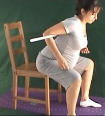 ćwiczenia w ciąży rozciąganie pleców