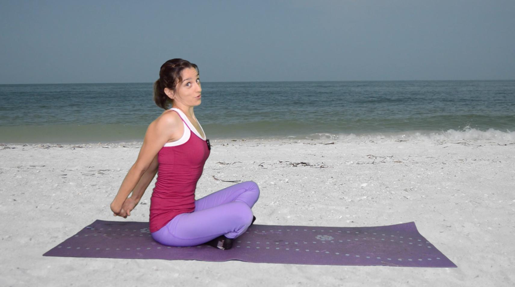 ćwiczenia rozciągające klatkę piersiową