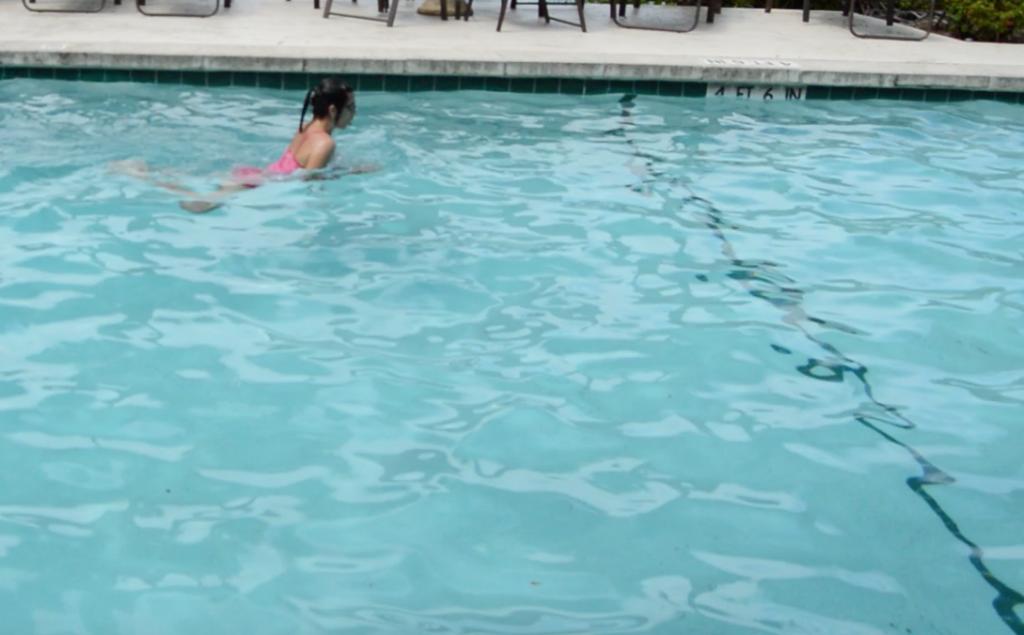pływanie, styl klasyczny, pływanie żabką