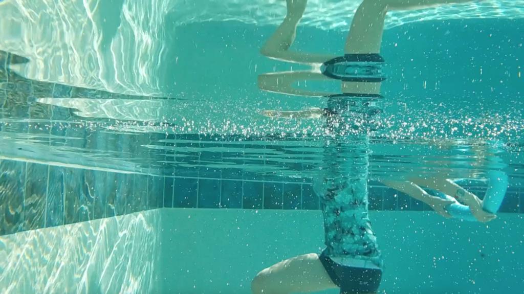 ćwiczenia w wodzie, ćwiczenia na basenie