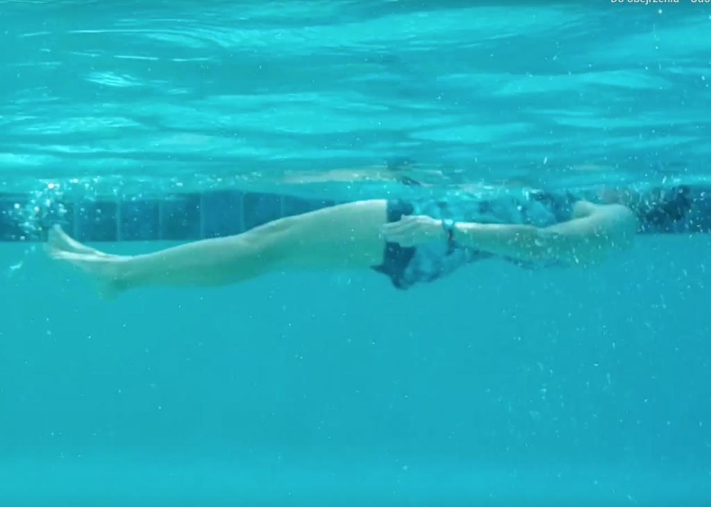 pływanie na plecach